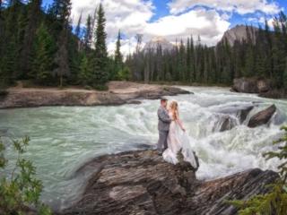 Emerald Lake Wedding, Banff Photographers, Shirleen Burnett