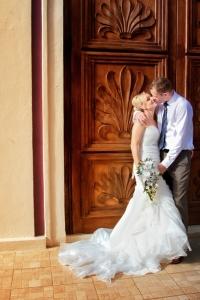 Wedding couple, Majestic Elegance Resort grounds, Punta Cana