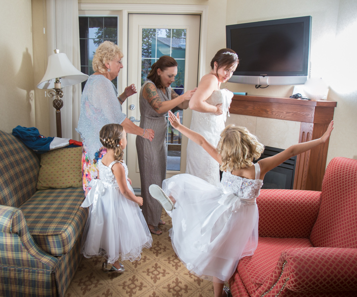 Flower girls, Lake Louise wedding, Lake Louise wedding photographers, Burnett Photography, Banff wedding photographer