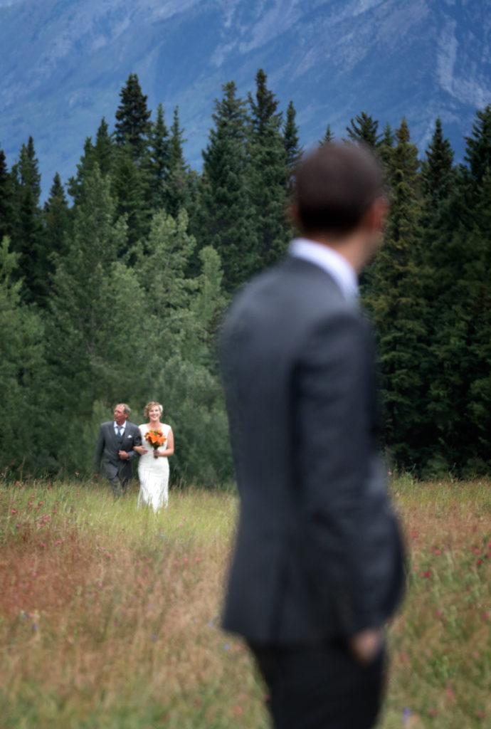 Wedding at Quarry Lake, Canmore, Banffwedding photographers, Burnett Photography.