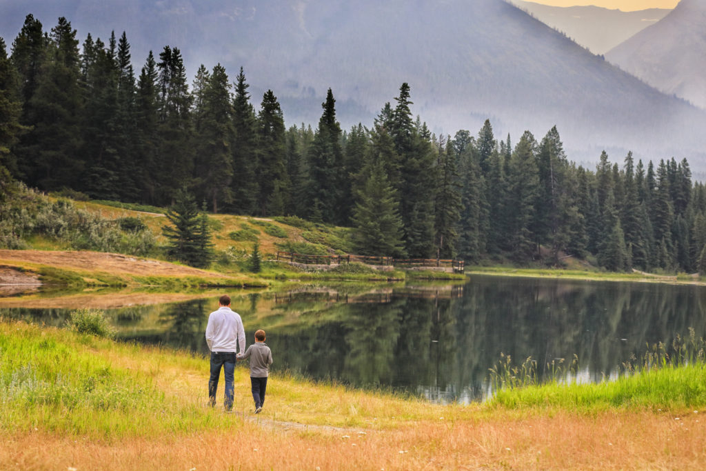 Family Portrait Photography in Banff, Johnson Lake, Johnson Lake, Ba