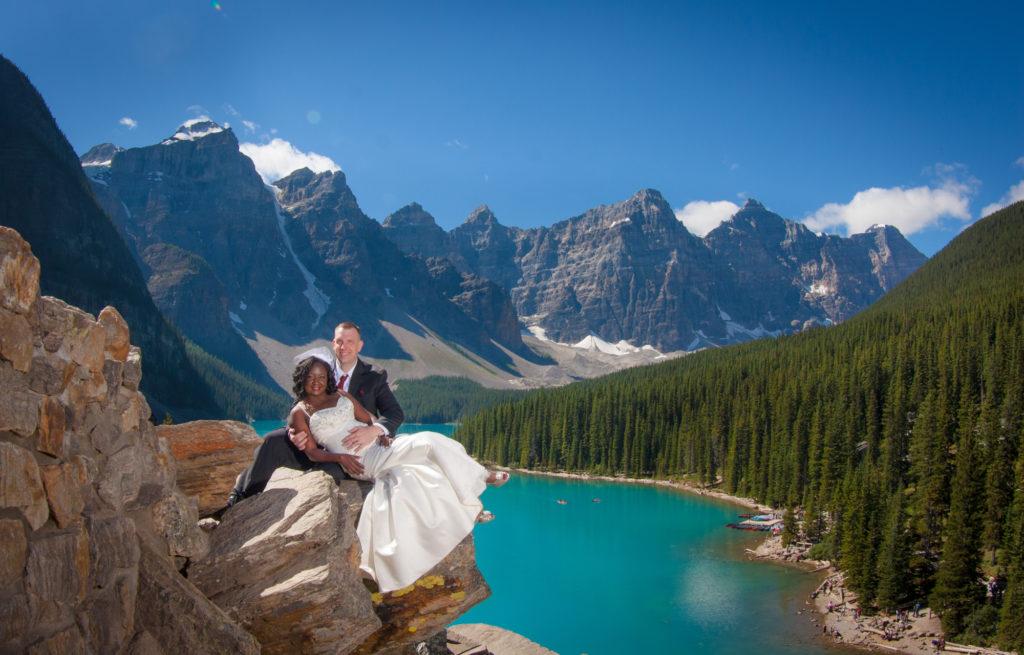 Moraine Lake wedding pictures.