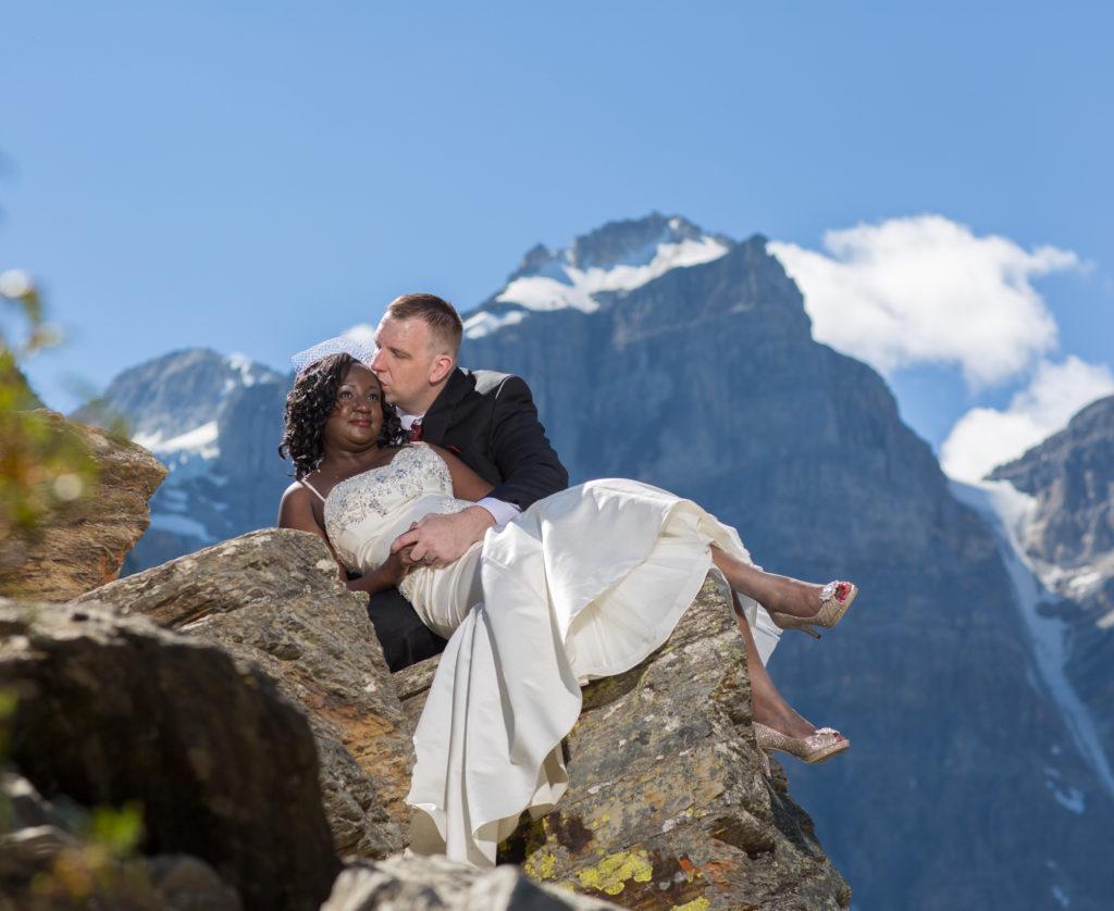 Moraine Lake bridal pictures.