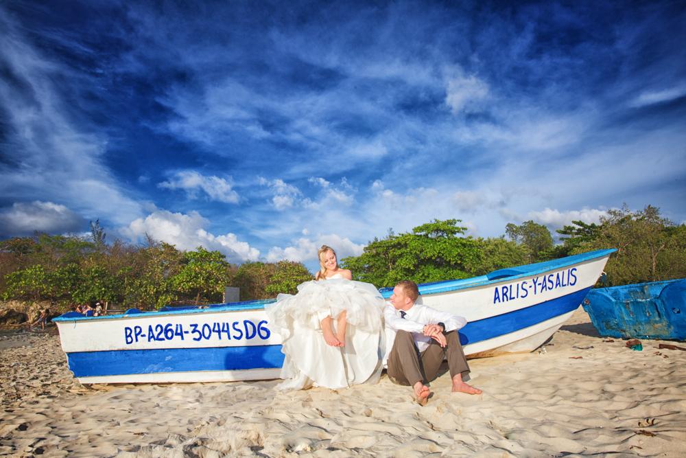 Bride and Groom, Playa Macao, Destination wedding, Burnett Photography