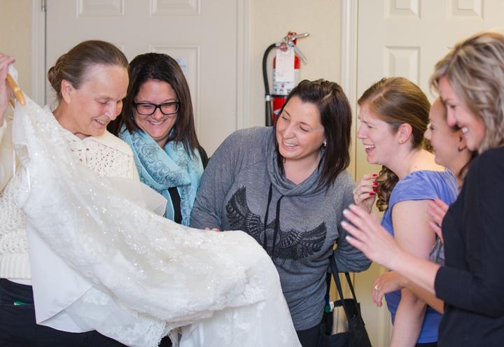 bridal dress & bride's maids, Lake Louise wedding, Lake Louise wedding photographers, burnett photography, banff wedding photographer