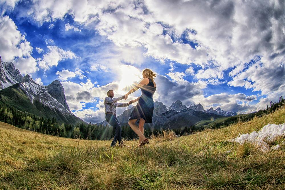 Engagement picutes, Canmore wedding photographers, Burnett Photography