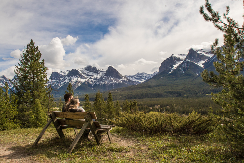 Engagement pictures, Canmore Wedding photographers, Burnett Photography.