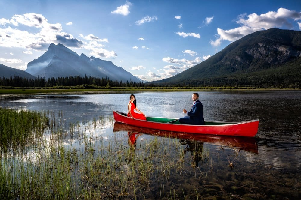 Banff portrait photoraphy, Vermillian Lake engagement portraits