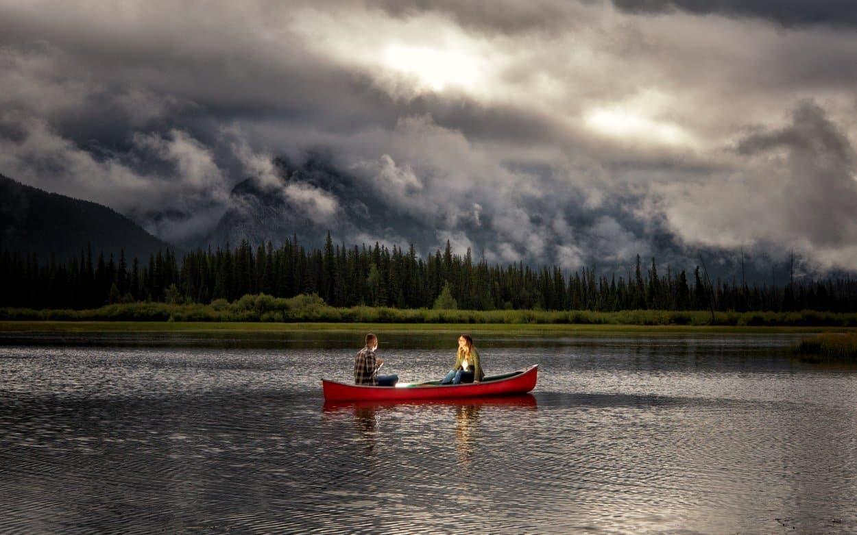 Banff engagement photographers, Burnett Photography, capture engagement pictures at Vermillion Lakes.