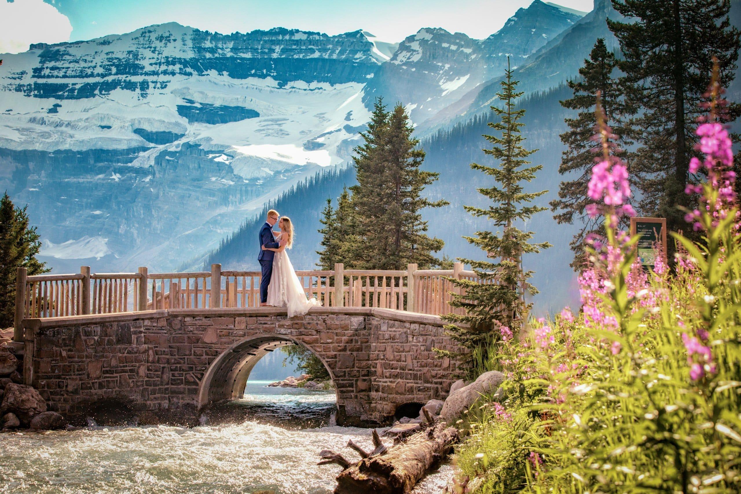 Lake Louise wedding photos by Lake Louise photographers, Burnett Photography at Fairmont Chateau Lake Louise